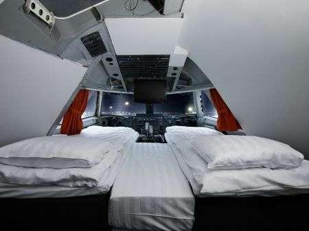 Двухместный VIP-номер в некогда бывшей кабине пилотов Боинга-747