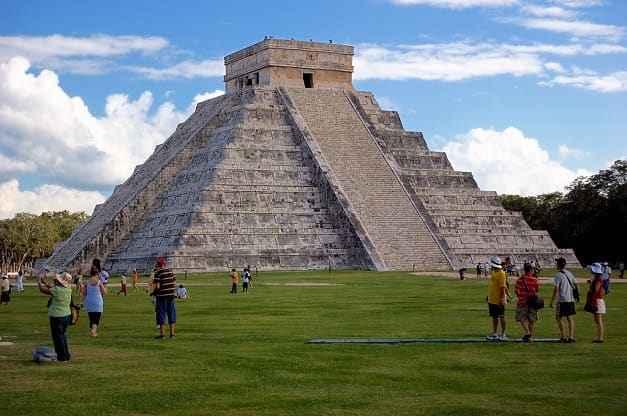Туристические направления из России в Мексику