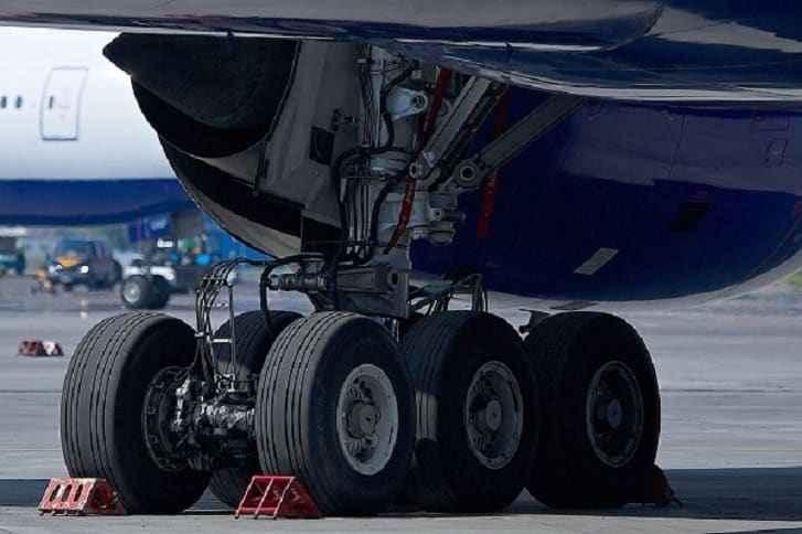 Самолетные колеса