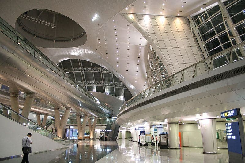800px Incheon International Airpot interesting architecture
